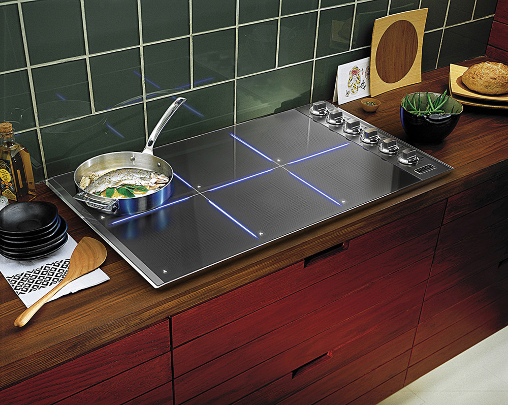 High Quality Another Important Thing Is The Fact That The Exclusive CoolLit LED Lights  Illuminate The Cooking Zones When In Use With Vikingu0027s Signature Blue.